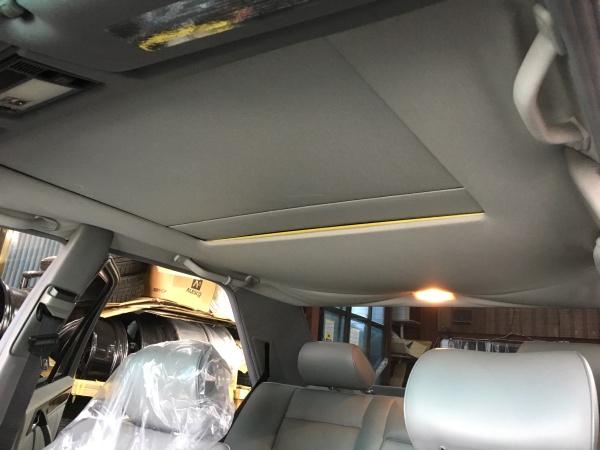 ベンツE320 天井&サンルーフボード張替え|東京 世田谷区