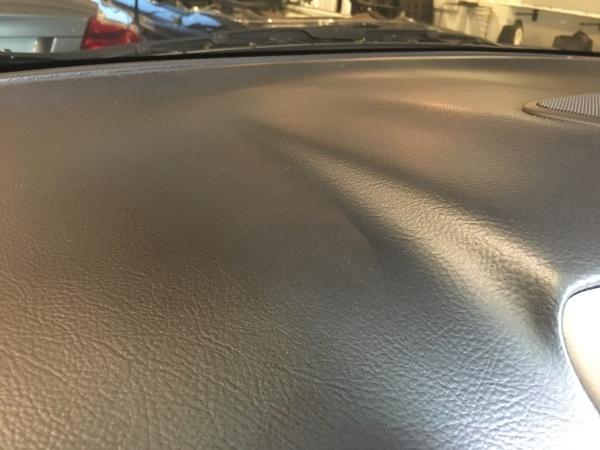 トヨタ ハリアー ダッシュボード表皮欠損補修|東京 港区