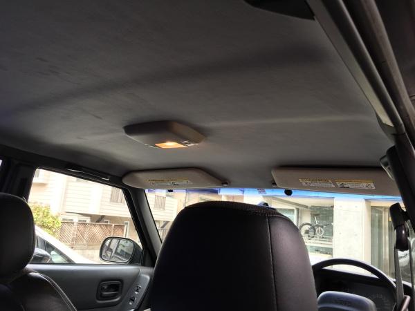 ジープ チェロキー 天井張替え+断熱材施工|東京 新宿区