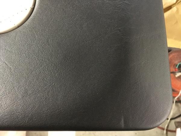 ベンツG63AMG リヤゲート内張り欠損 破れ補修|東京 葛飾区