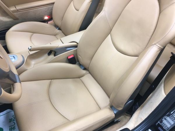 ポルシェ Type-997 シート、ドア把手、樹脂パーツ補修|東京 世田谷区