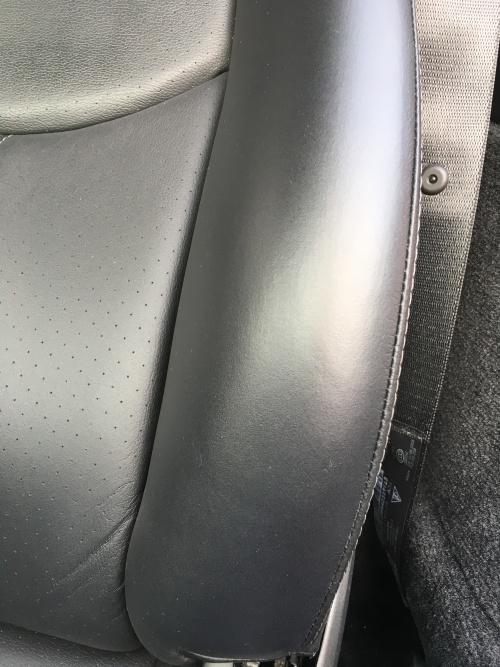 ポルシェ911 type-997 レザーシート 傷 ひび割れ補修|東京 千代田区