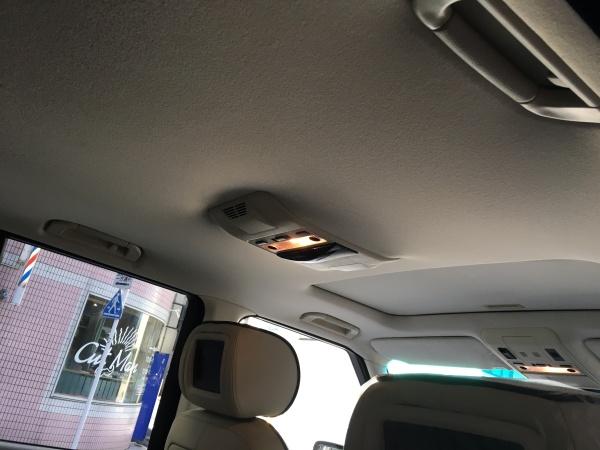 レンジローバーヴォーグ 天井 剥がれ 張替え|東京 中央区