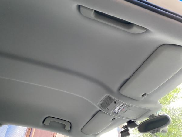 アウディA1 天井 剥がれ 垂れ 張替え|東京 足立区